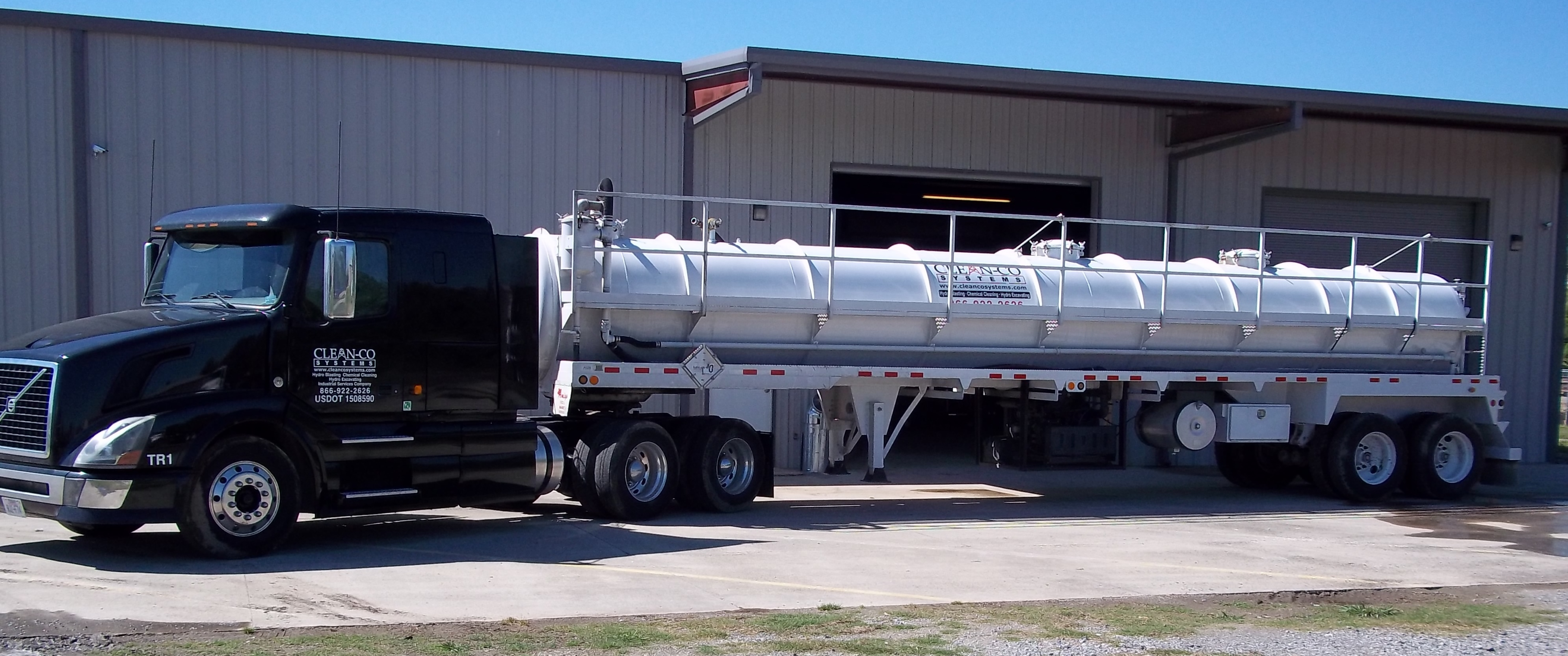 Clean-Co Systems Tank Truck